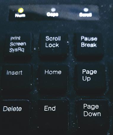 scroll lock to hide ui ffxiv